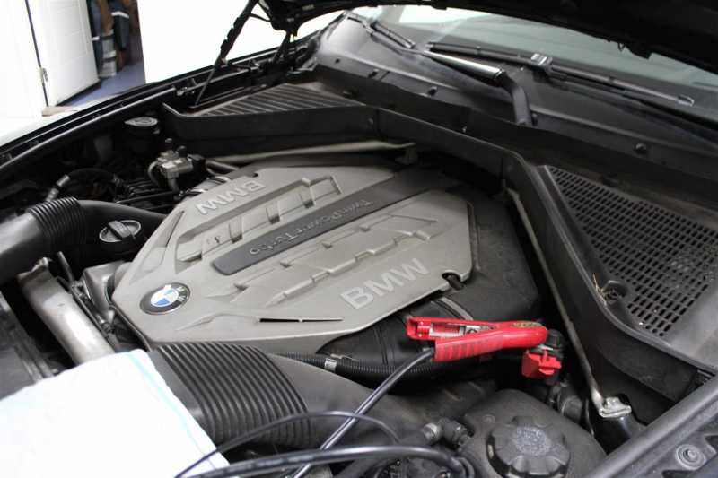BMW_BATTERI.2Large.JPG