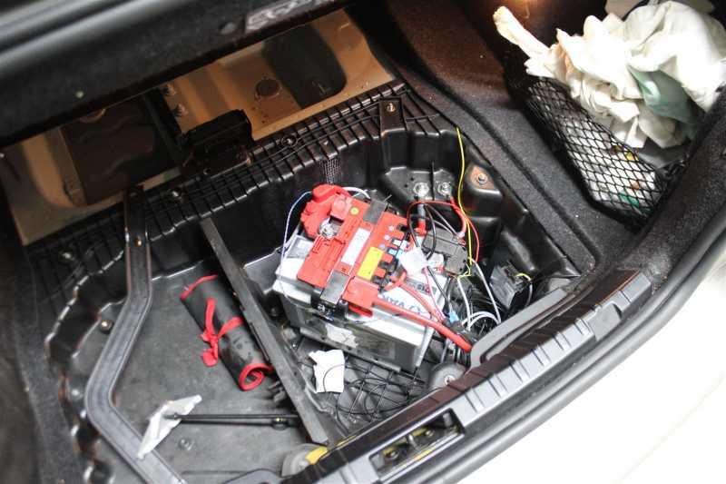 BMW_BATTERSKIFT.10Large.JPG