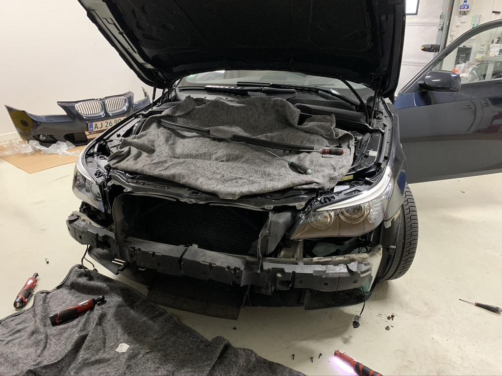 BMW_E6x_Xenon_Forlygter.2.jpeg