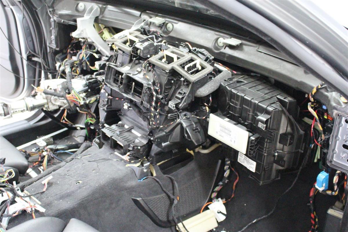 BMW_F11_NY_FORDAMPER.17Large.JPG