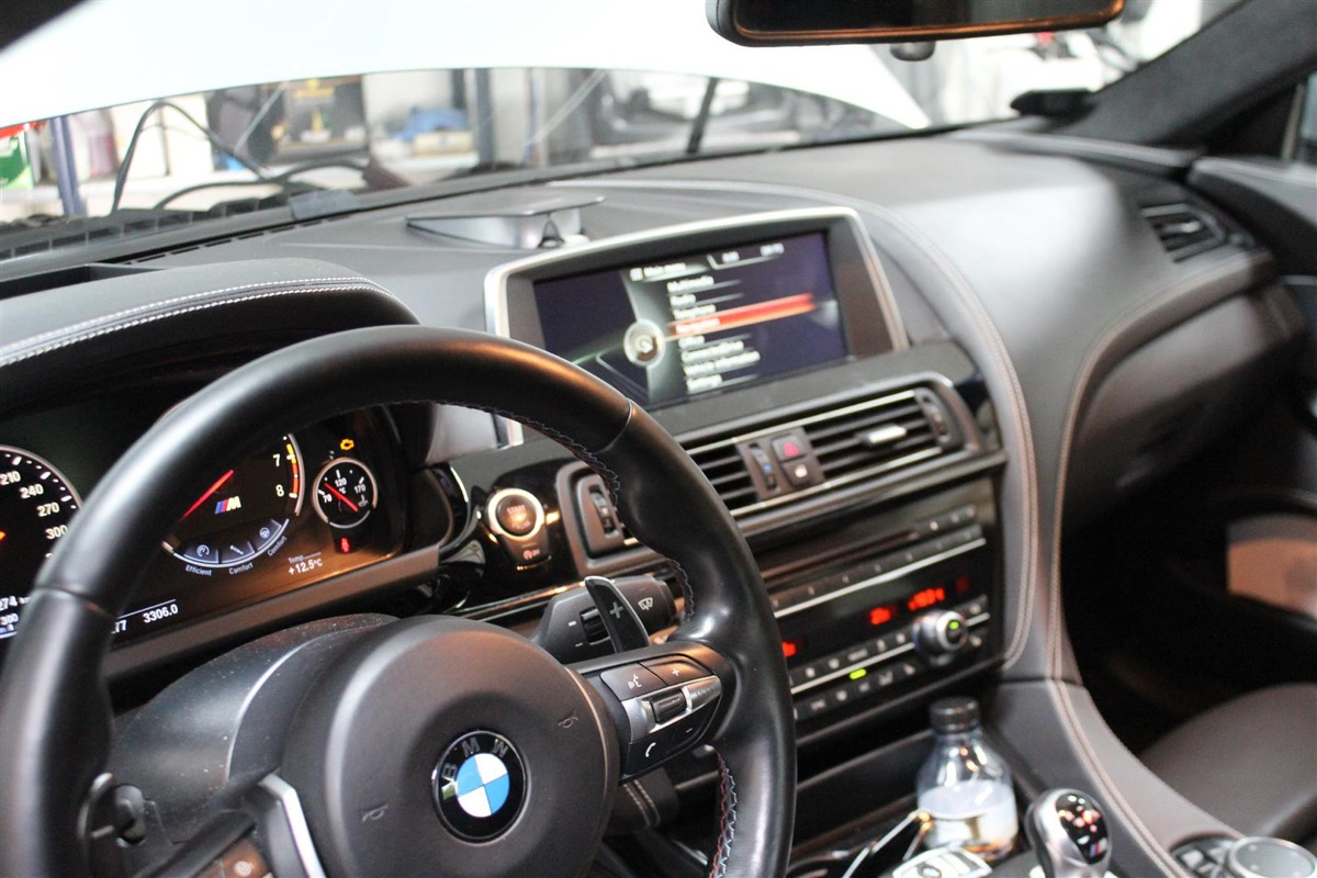 BMW_M_Software_opdatering.2Large.JPG