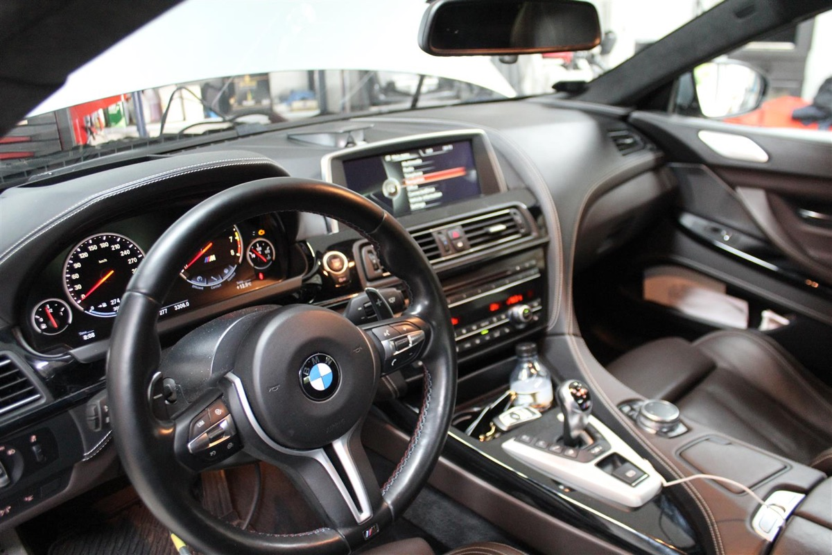 BMW_M_Software_opdatering.3Large.JPG