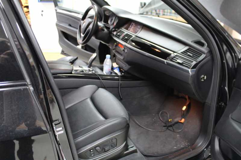 BMW_SOFTWARE.201Large.JPG
